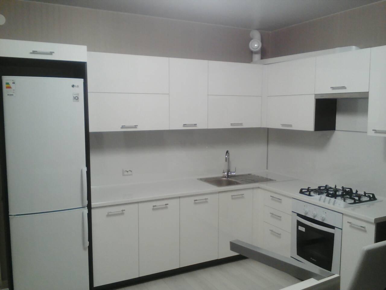 кухня недорого крашеный фасад