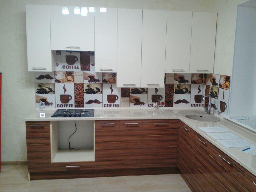 Фасад лак - кухни на заказ в Самаре